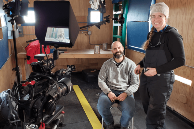 Science Team prepares for Mercer Subglacial Lake and Geophysics team makes progress at Whillans SubglacialLake
