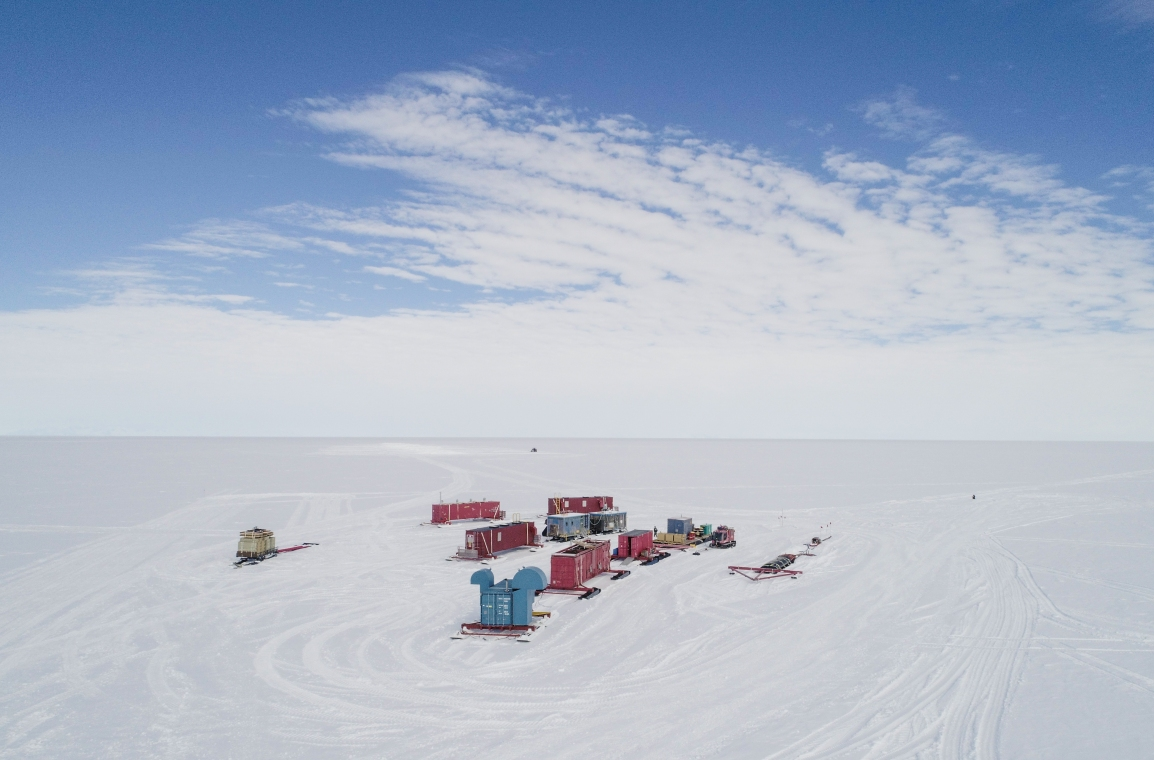 SALSA Traverse Arrives at Camp 20 and Geophysics Team Continues Work with MT Stations